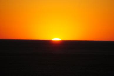 Sunrise on Ntwetwe Pan