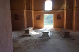 Insidemthe tomb